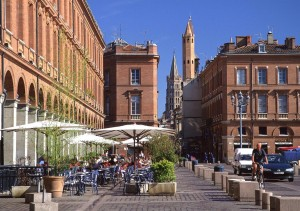 toulouse-place-ccapitole_camping-thesauque